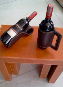 Single bottle leather wine rack/ leather utility tables